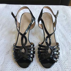 Black patent strappy sandal ⭐️SALE 2/$15⭐️